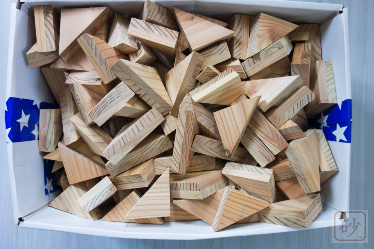 カラマツ木片