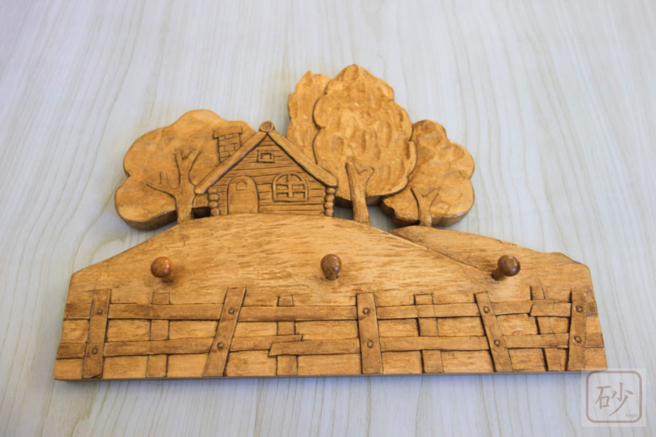 木彫りのキーフック ログハウス