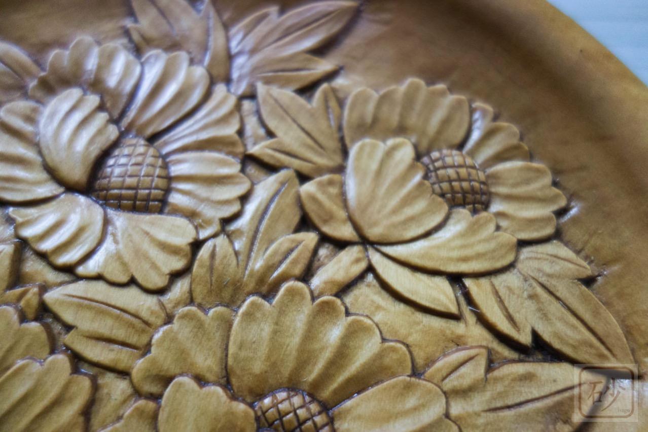 木彫りの菓子器 シャクヤク