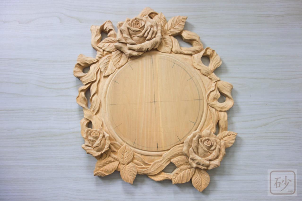 木彫りのバラ時計 制作中