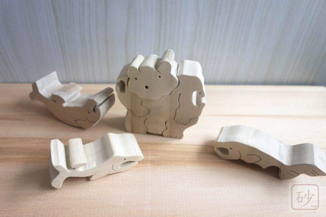 木彫りの熊の組み木