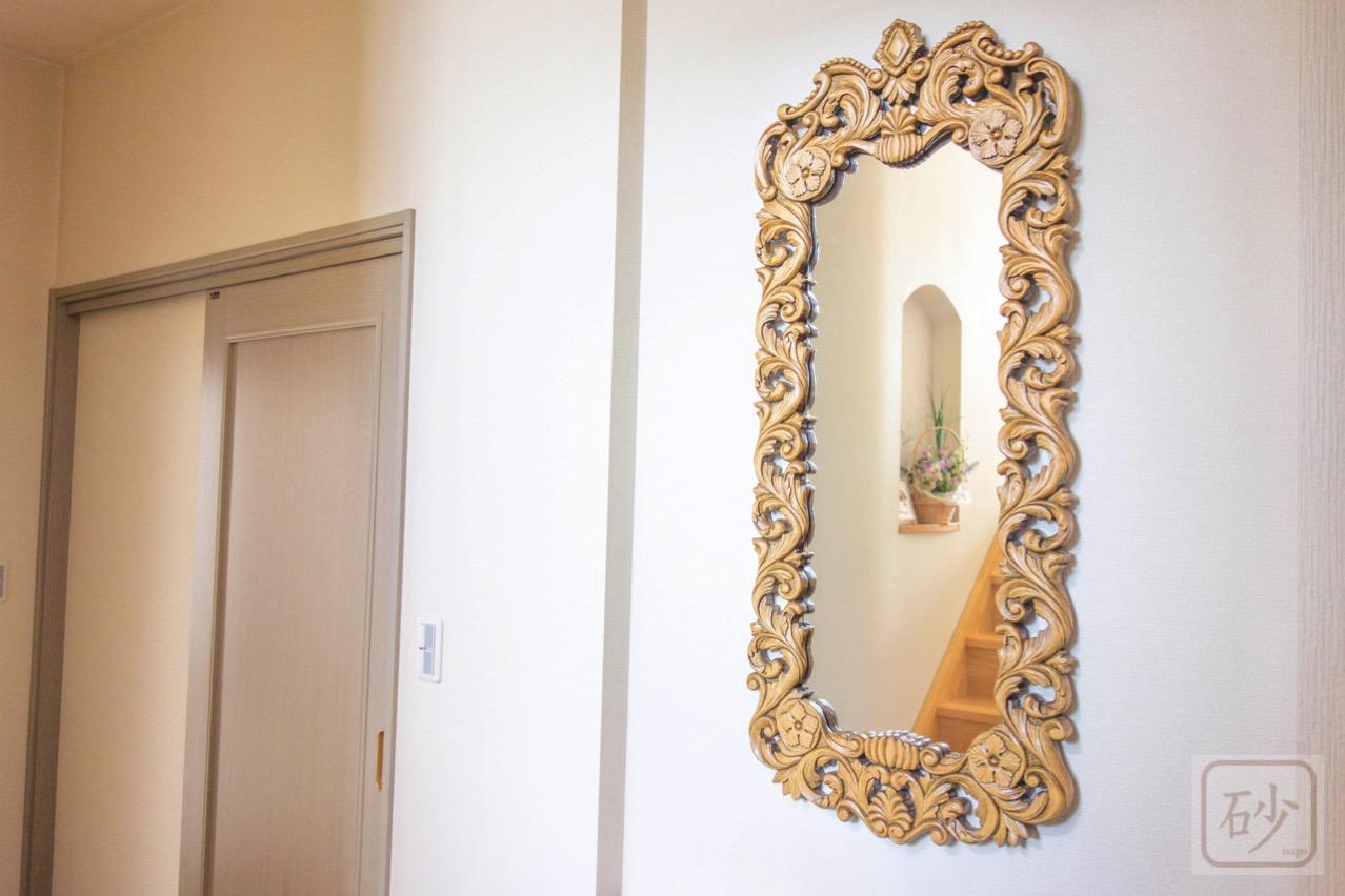 木彫りの壁掛け鏡(特大) アカンサス