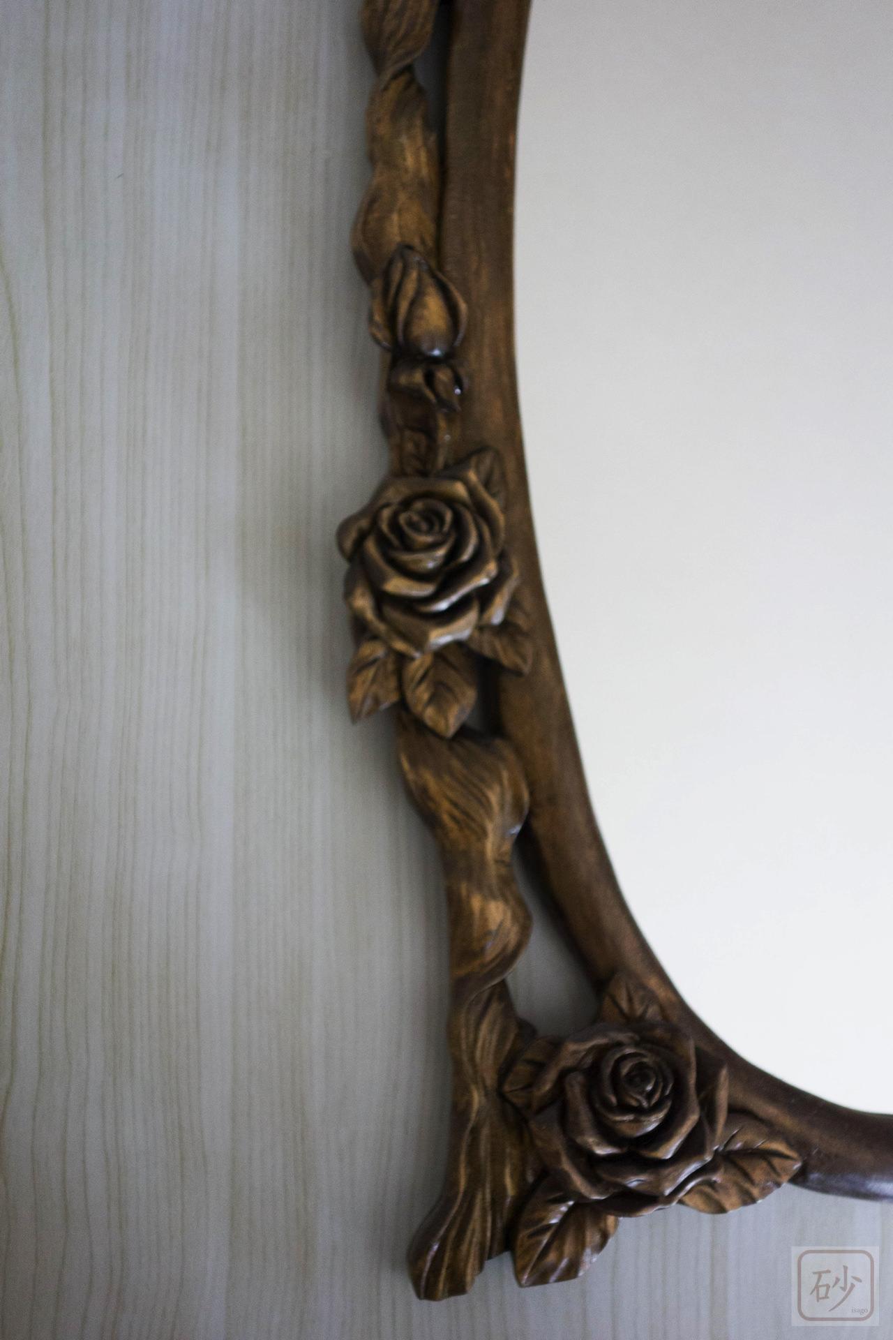バラの鏡側面