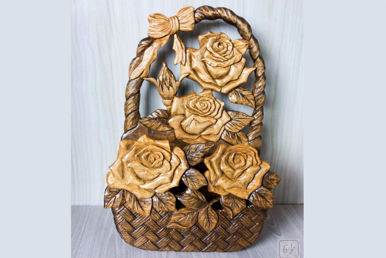 木彫りのレターラック バラ