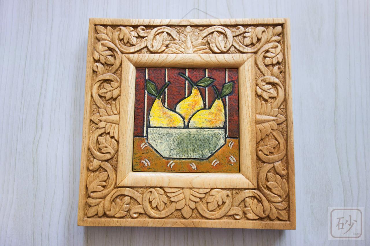 木彫りのミニ額 葉の連続模様 センノキ