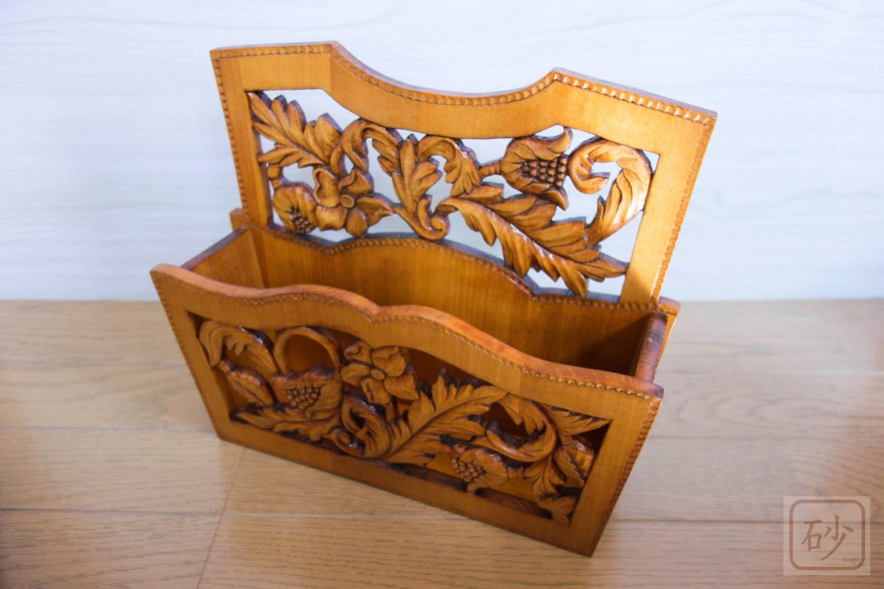 木彫りのレターラック アカンサス