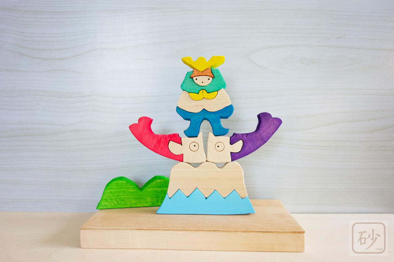 五月人形 富士山の上の兜童子【組み木】