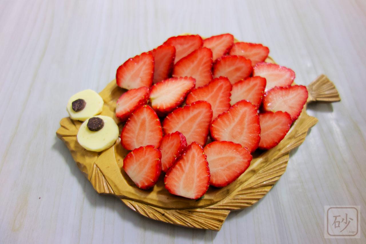 木彫りのお皿でポワソンダブリル