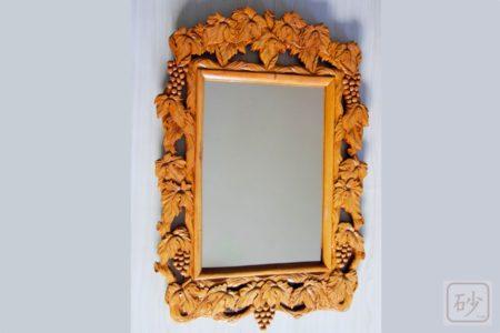 木彫りの鏡 ぶどう