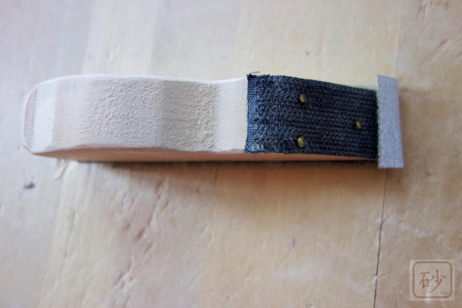 木彫り道具 小型ハンドサンダー(紙やすりホルダー)を自作してみました
