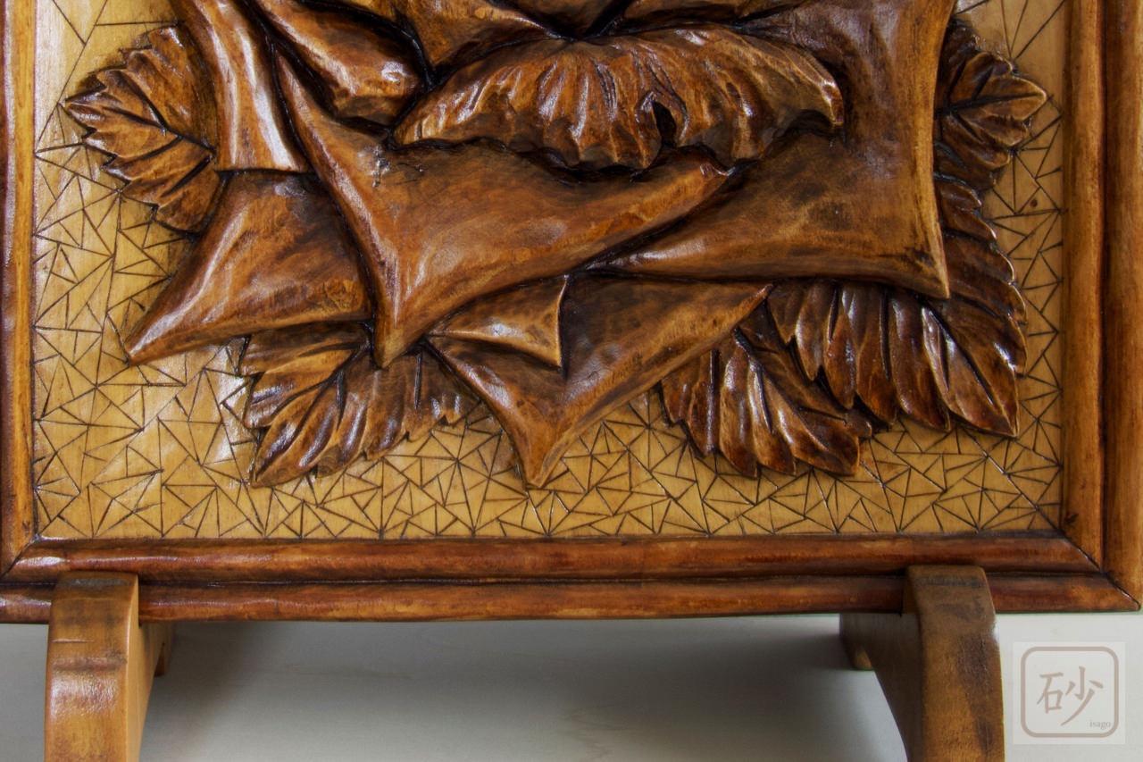 木彫りバラレリーフ