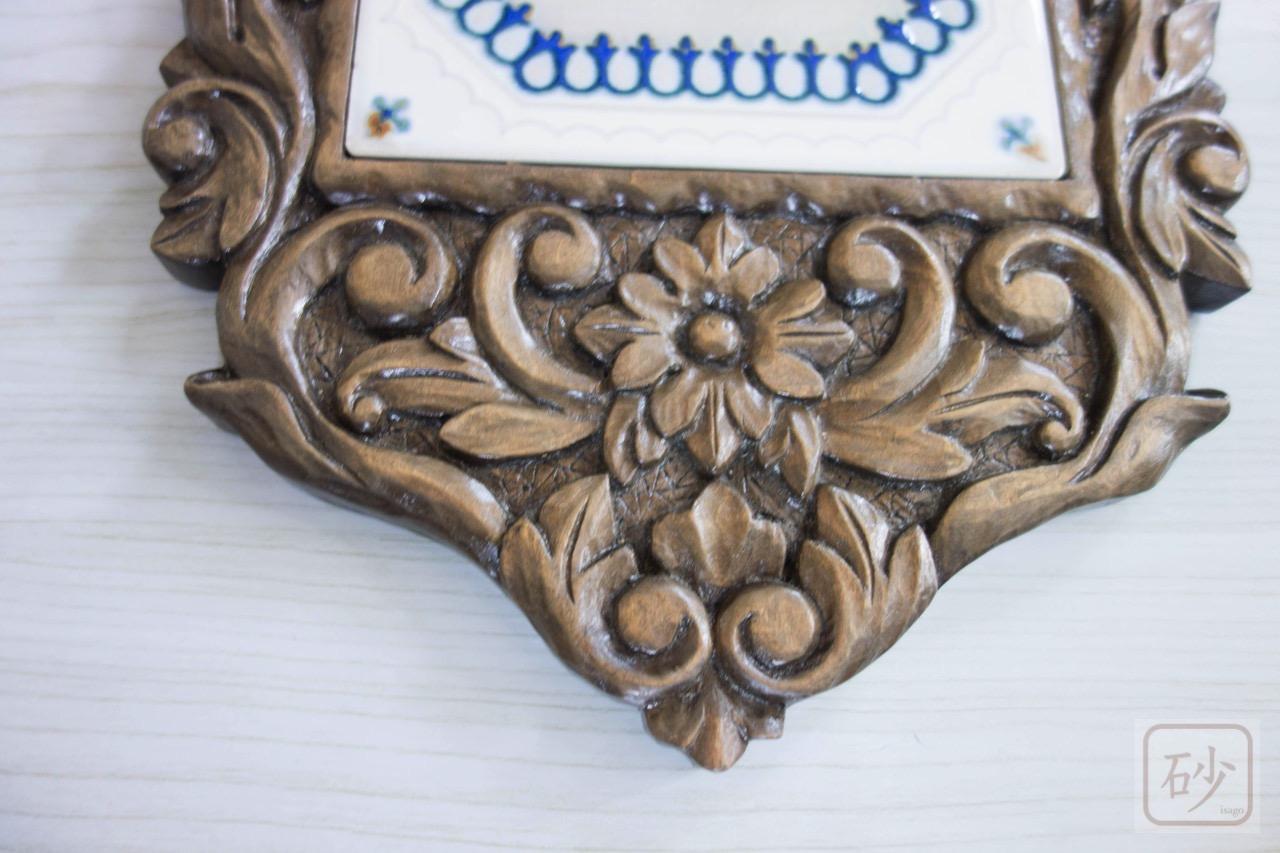 木彫りのタイルトレー大