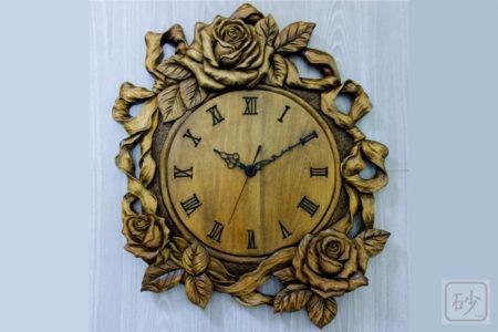 木彫りのバラ時計を完成させました