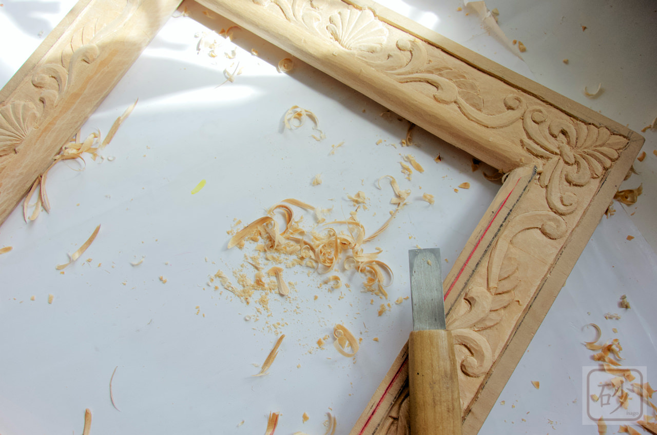 木の額縁 色紙サイズで制作中《彫り編》