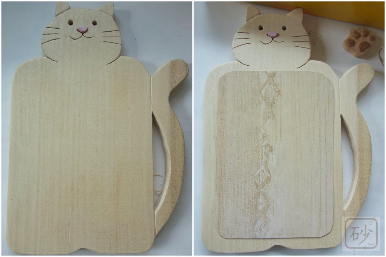木彫り猫のマグネットボード