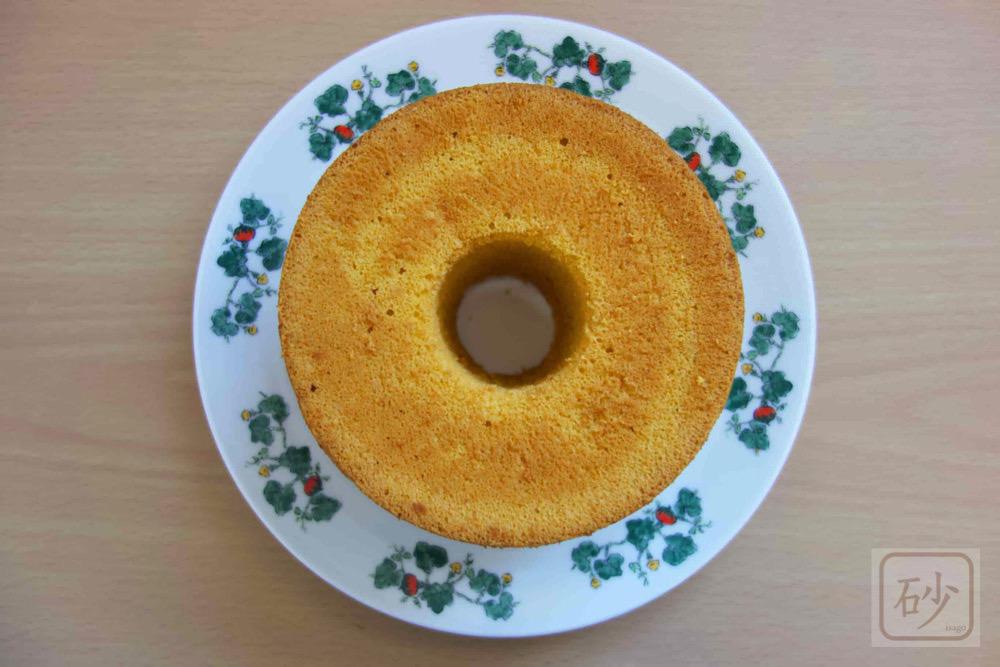 六花亭シフォンケーキかぼちゃを食べる