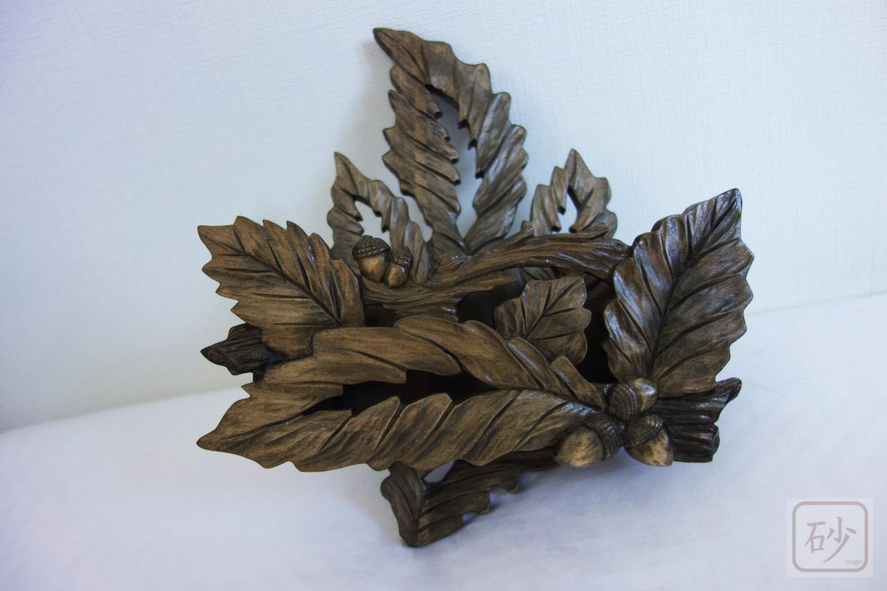 木彫り どんぐりの壁掛けレターラック