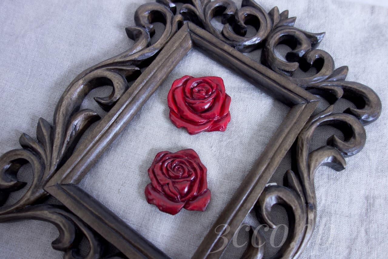 木彫り 薔薇ブローチを赤く染めて制作する